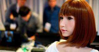 """روبوت """"أنثى"""" يحصل على أول دور بطولة في فيلم سينمائي """"باهظ"""""""