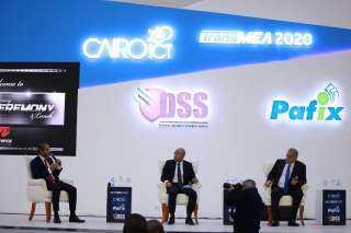 """"""" مشغلو المحمول"""" : نجاح قطاع الاتصالات في تجاوز الأثار السلبية لجائحة كورونا في مصر"""