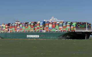 """بالفيديو...نجاح جهود تعويم السفينة البنمية """" إيفرجيفين """""""