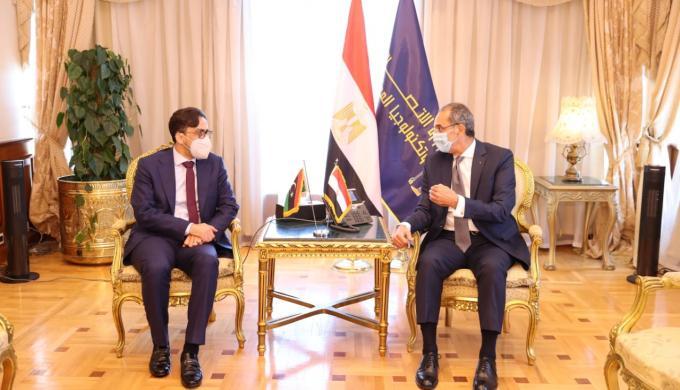 عمرو طلعت : تسريع وتيرة التعاون المثمر القائم على المصالح المشتركة بين مصر وليبيا فى قطاع الاتصالات