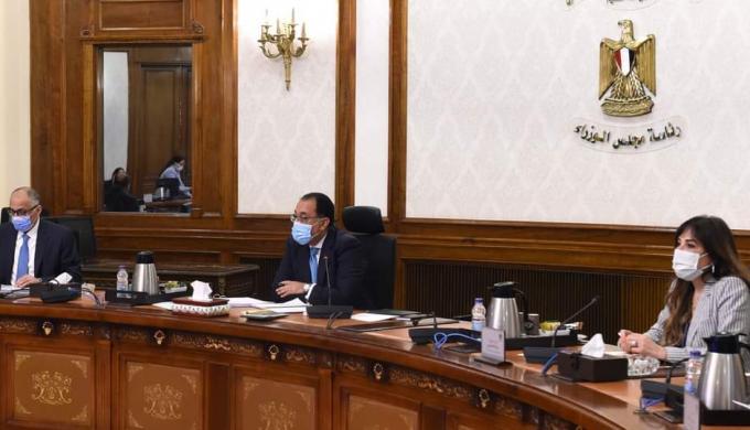 طارق عامر : 100 مليار جنيه موجهة لمبادرات دعم القطاعات الاقتصادية خلال جائحة كورونا